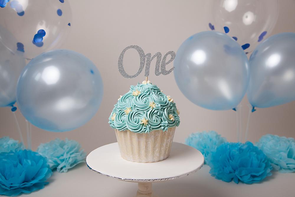 cake smash photographer shrewsbury, cake shrewsbury, 1st birthday shrewsbury, photographer shrewsbury, baby photographer shrewsbury